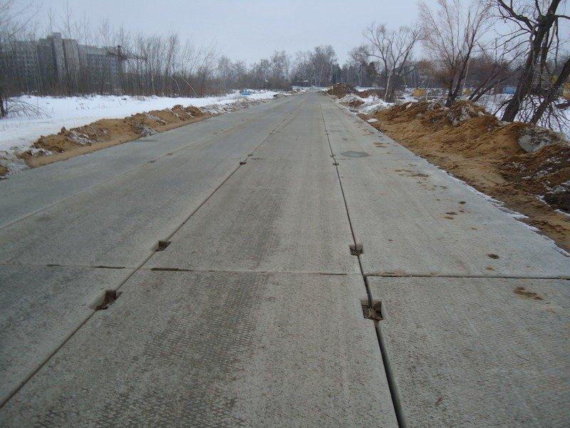 Преимущества и недостатки применения дорожных плит