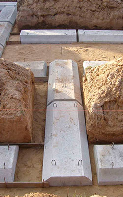 бетонные подушки под фундамент фото