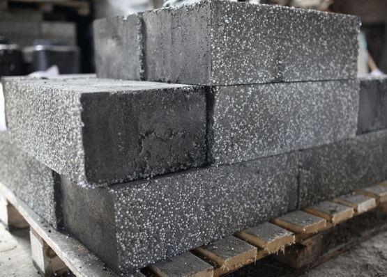 Полистиролбетонные блоки: что это такое. И что лучше газобетон или полистиролбетон